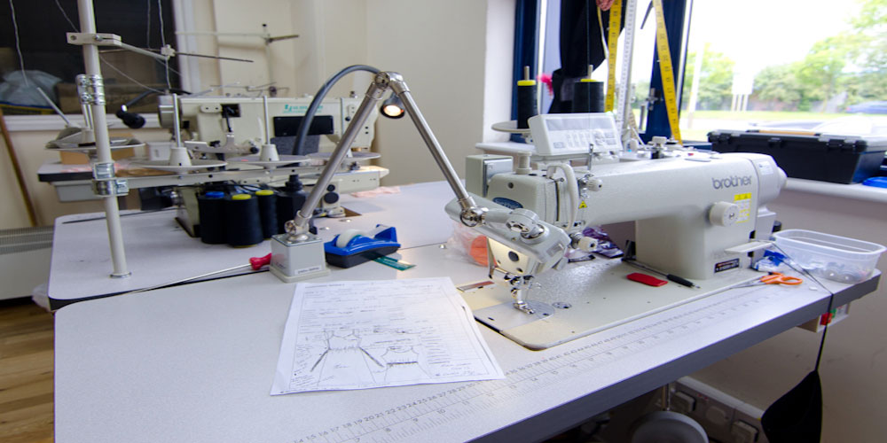 cut-and-sew--for-running--banner-in-Home-Page